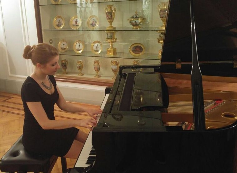 Sara Vigilante al pianoforte