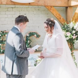 Wedding ceremony led by London based celebrant Rosalie Kuyvenhoven. Venue: Gaynes Park, Essex. Photo credits: Cristina Rossi