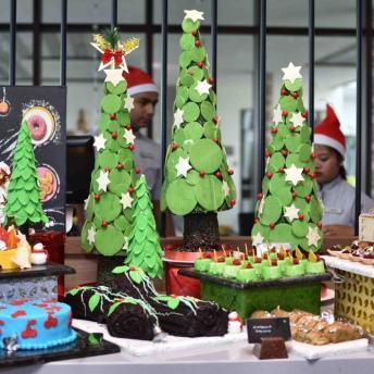 Christmas Flea Market (4)