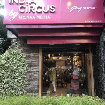 India Circus by Krsnaa Mehta (1)
