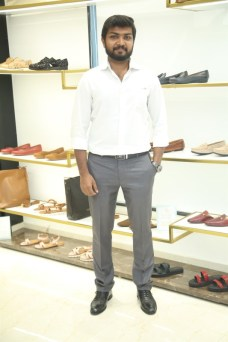 Black Edition Of Handcrafted Leather Shoes & Accessories La Marca Launched In Chennai (3)