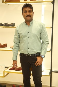 Black Edition Of Handcrafted Leather Shoes & Accessories La Marca Launched In Chennai (9)