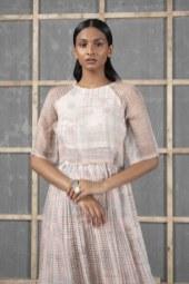 Urvashi Kaur's Latest Collection Vasara (6)