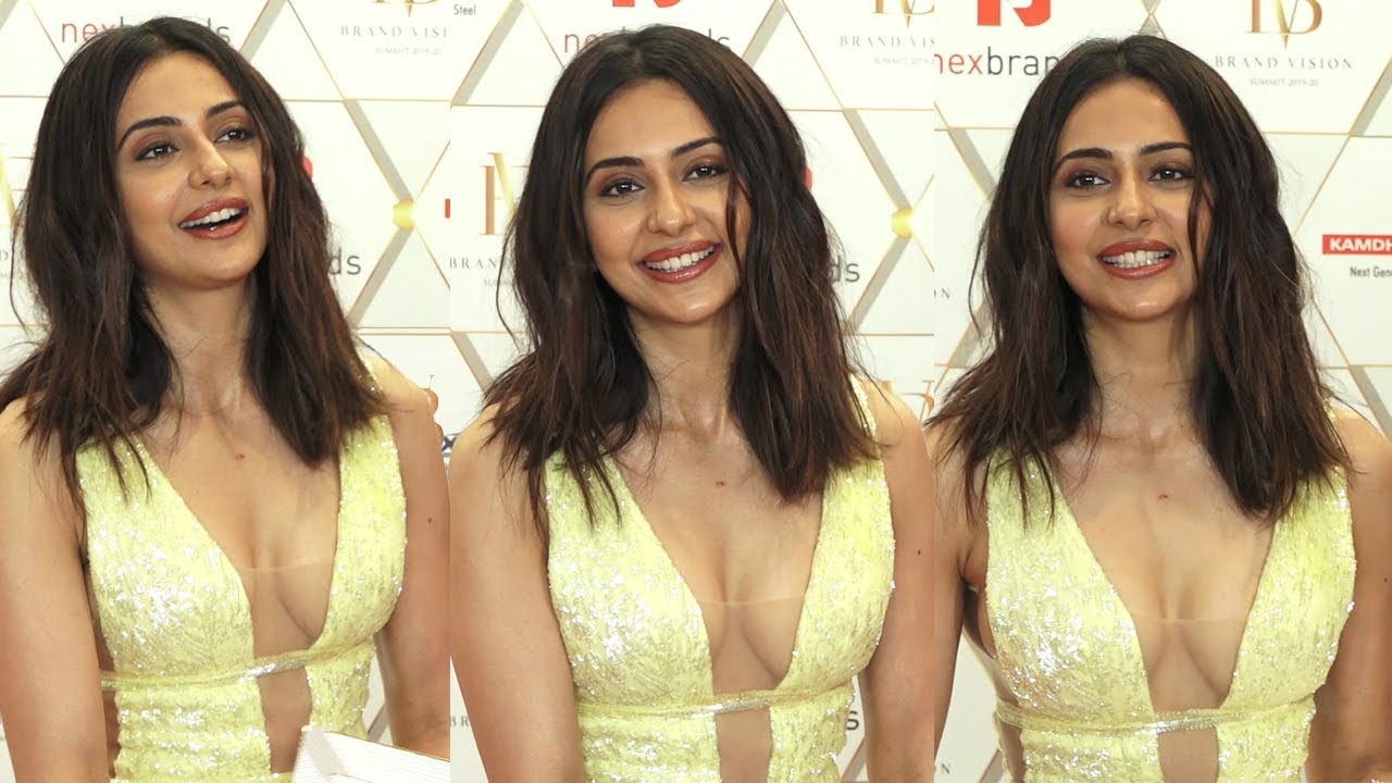 Flipboard: Rakul Preet Singh Hot at NexBrands Awards 2020 | RitzyStar