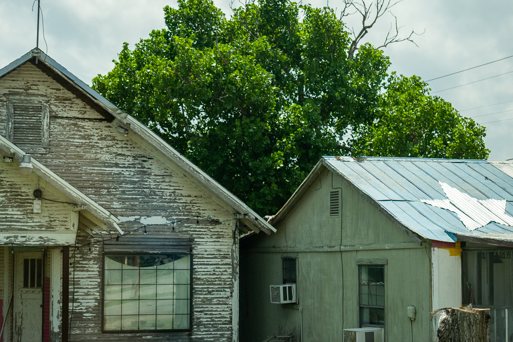 Tin Roofs, Texas Star