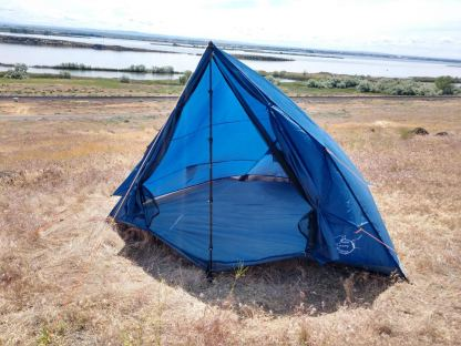 4 person trekking pole tent blue