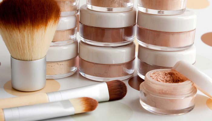 The Difference Between Regular Makeup And Mineral Makeup