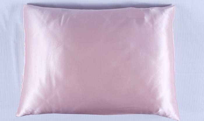 Benefits of a Silk Pillowcase