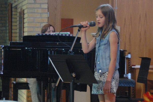Preteen Singing