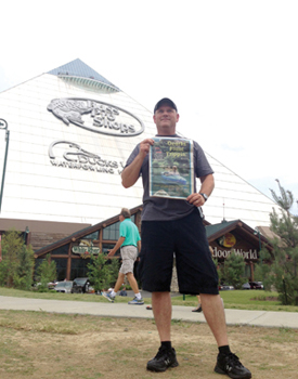 world-ron at pyramid bass pro in memphis copy