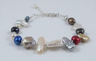 Multi-shape & colour pearl bracelet