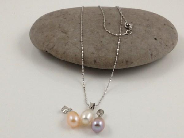 3 colour drop pearl pendants
