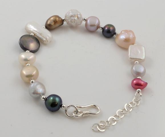 Multi shape & colour pearl bracelet 2