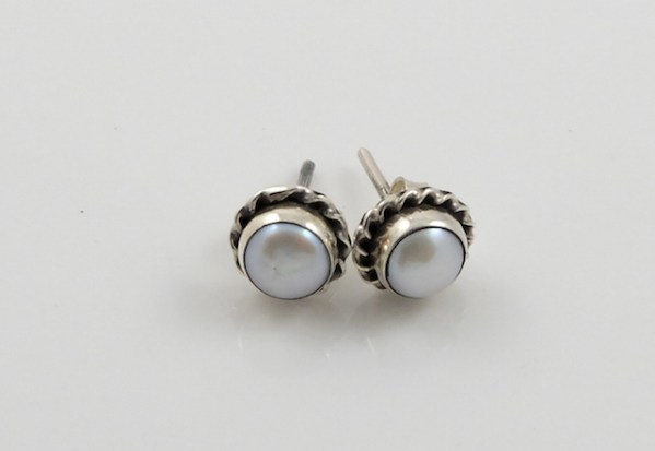 Silver Pearl Flower Studs 7mm