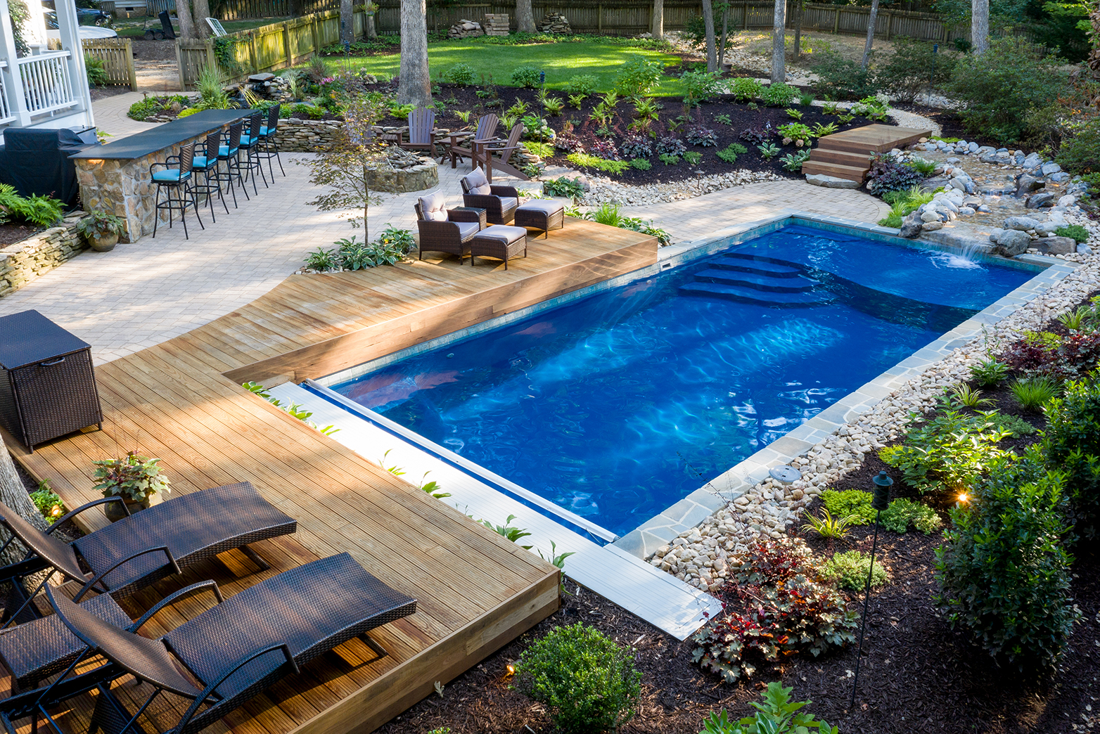 a quick guide to pool patio furniture