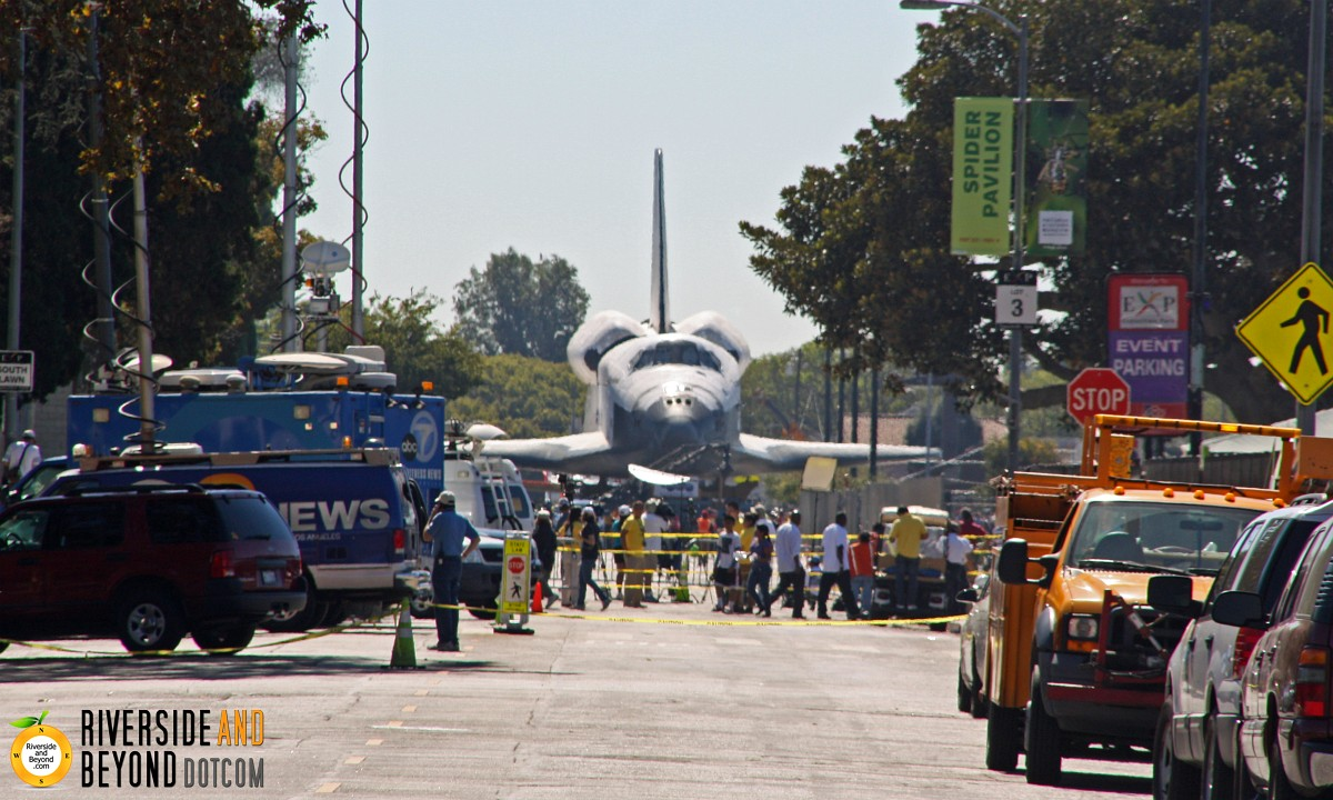 Space Shuttle Endeavour on Bill Robertson Ln. - Los Angeles