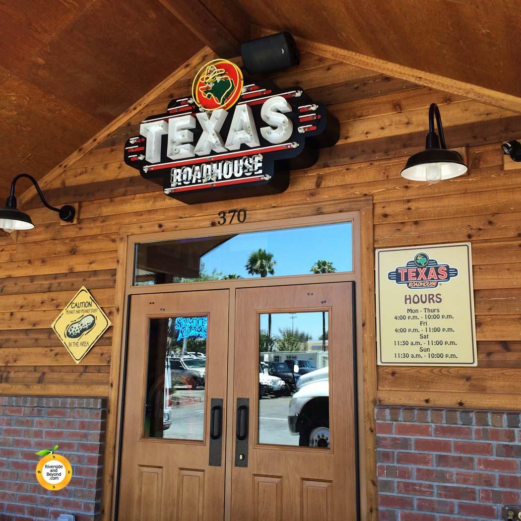 texas-roadhouse-20140709-2