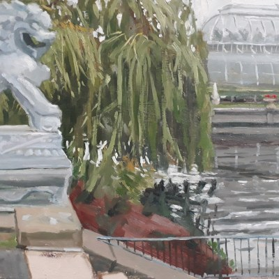 Lion and Glass House, Kew by Lesley Dabson
