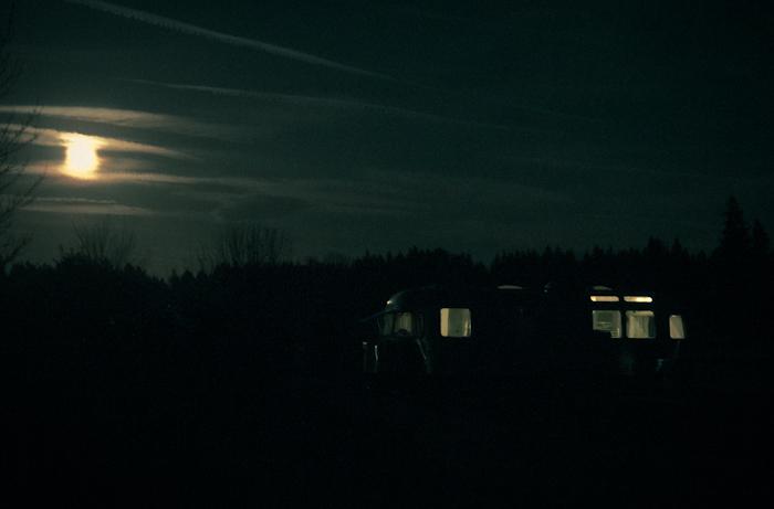 Moon_airstream_champoeg-1-2