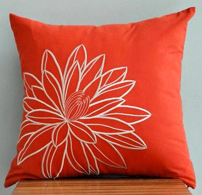 Lotus_pillow