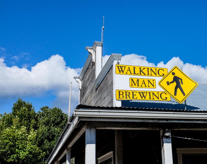 Walkingman-1