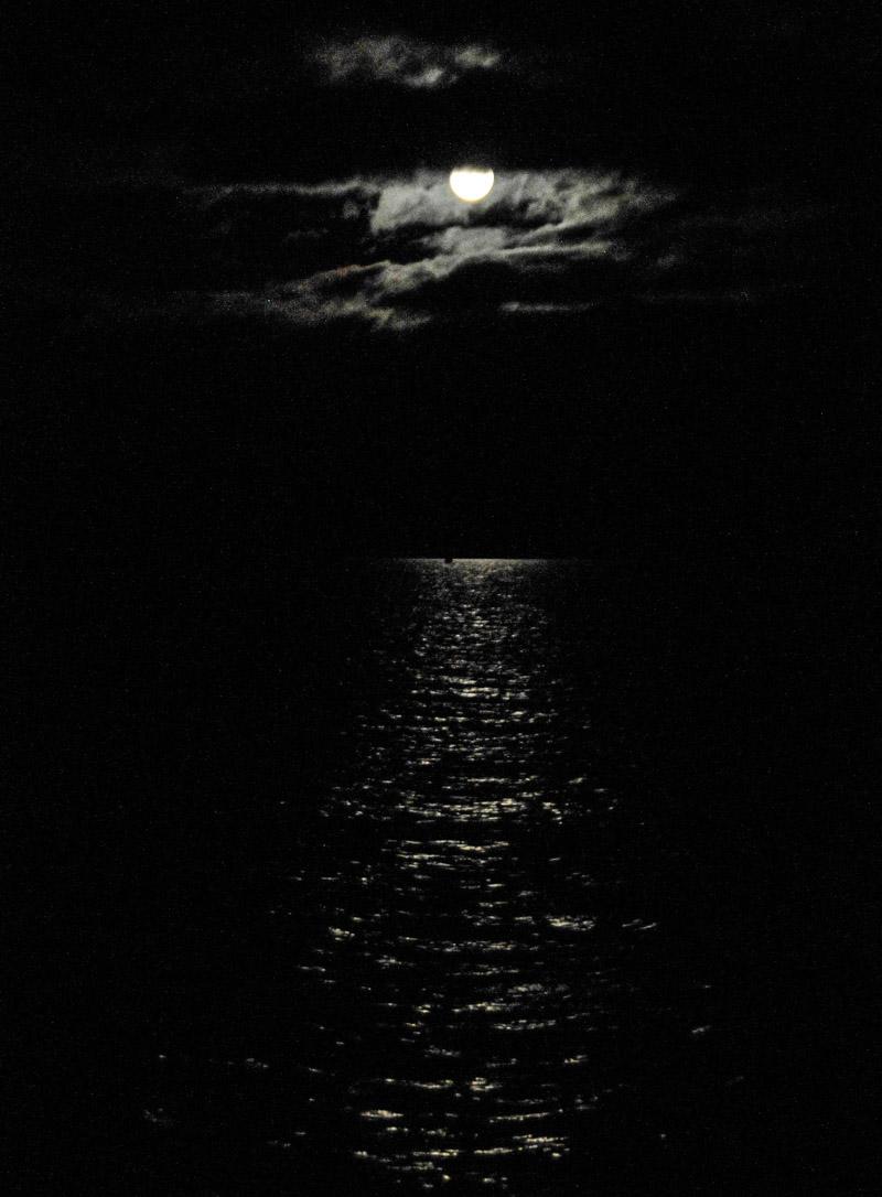 Garrison_moon-6488