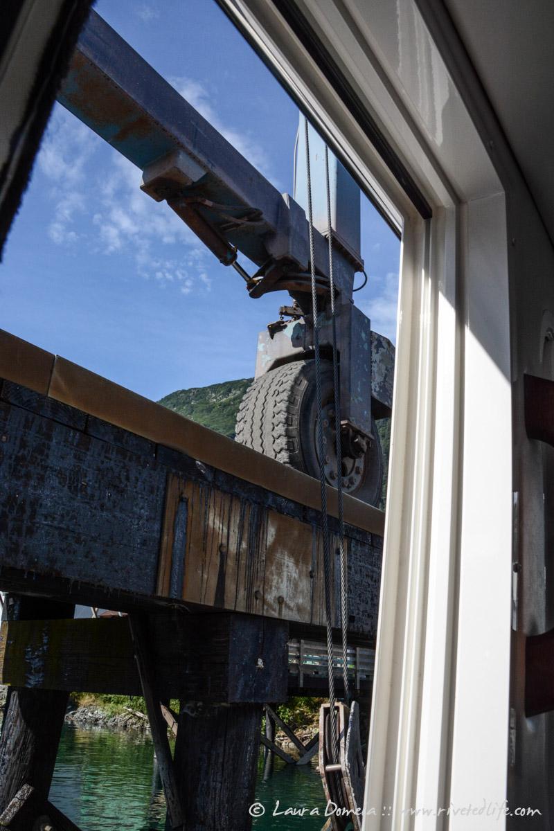 Airship_haulout_Juneau-8479