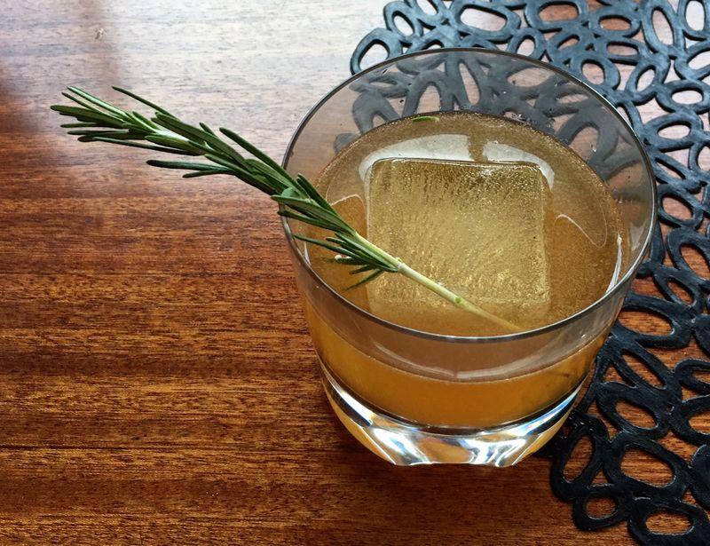 Bourbonsour