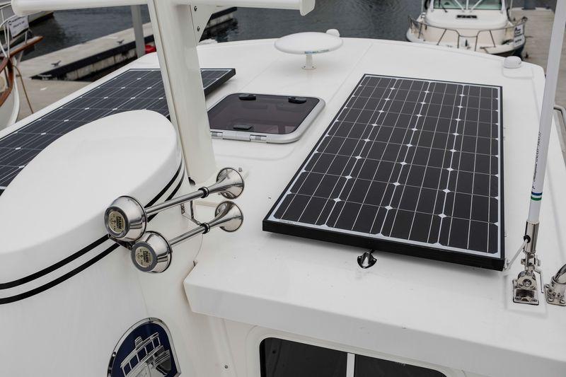 Airship_solar_orig