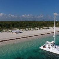 Sailing with private catamaran the Riviera Maya Coast