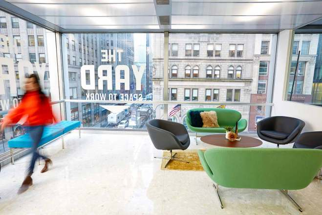the-yard-bryant-park-ny-coworking-office_lounge-close-up