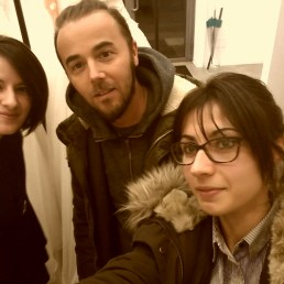 Da sinistra verso destra la designer Elisa De Bonis e per LiQMAG Piergiorgio Greco e Fabiola Cosenza.