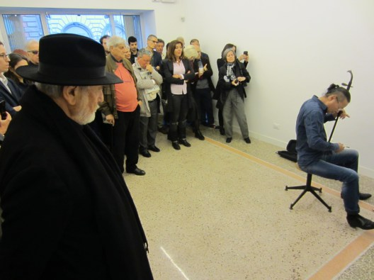 Wang Du, Someday, Zoo Zone Art Forum, Roma, 2016 - Opening . In primo piano Michelangelo Pistoletto