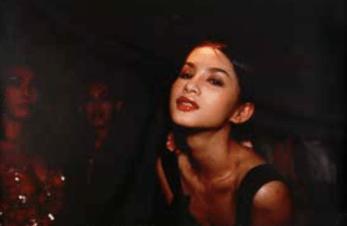 nan-goldin-c-in-the-club-bangkok-1992-cibachrome-cm-76x1016-esemplare-1125-courtesy-cn-canepaneri