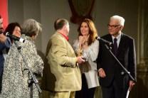 Franz Erhard Walther tra la senatrice Finocchiaro, la curatrice Christine Macel e il presidente Baratta