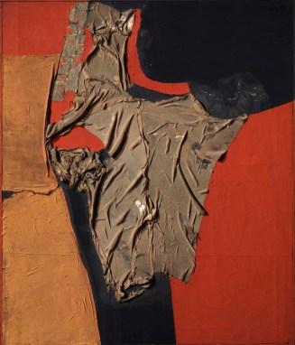 Alberto Burri, Rosso nero 1955 stoffa, olio, vinavil su tela, 100x86