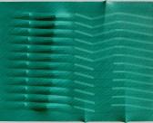 Agostino Bonalumi, Verde, 1988, Tela estroflessa, inchiostri e vinavil colorato, 114x146 cm