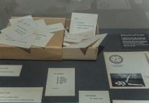George Brecht, Water Yam, scatola in cartone contenente 72 cartoncini, 1963