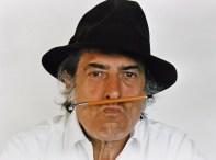 Armando Testa_Ritratto con matita_1980__a colori
