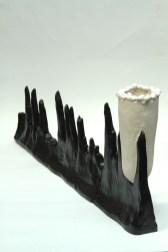 2:2_Enzo Cucchi, senza titolo, ceramica, 2014,cm 34x95, courtesy l'artista