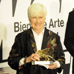 Suzanne Ghez. Leone d'oro per l'attività svolta a favore delle arti