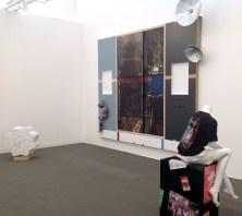 Galleria T293. Da sinistra emanuel Rohds, Helen Marten, Dan Rees. Courtesy the artists and T293