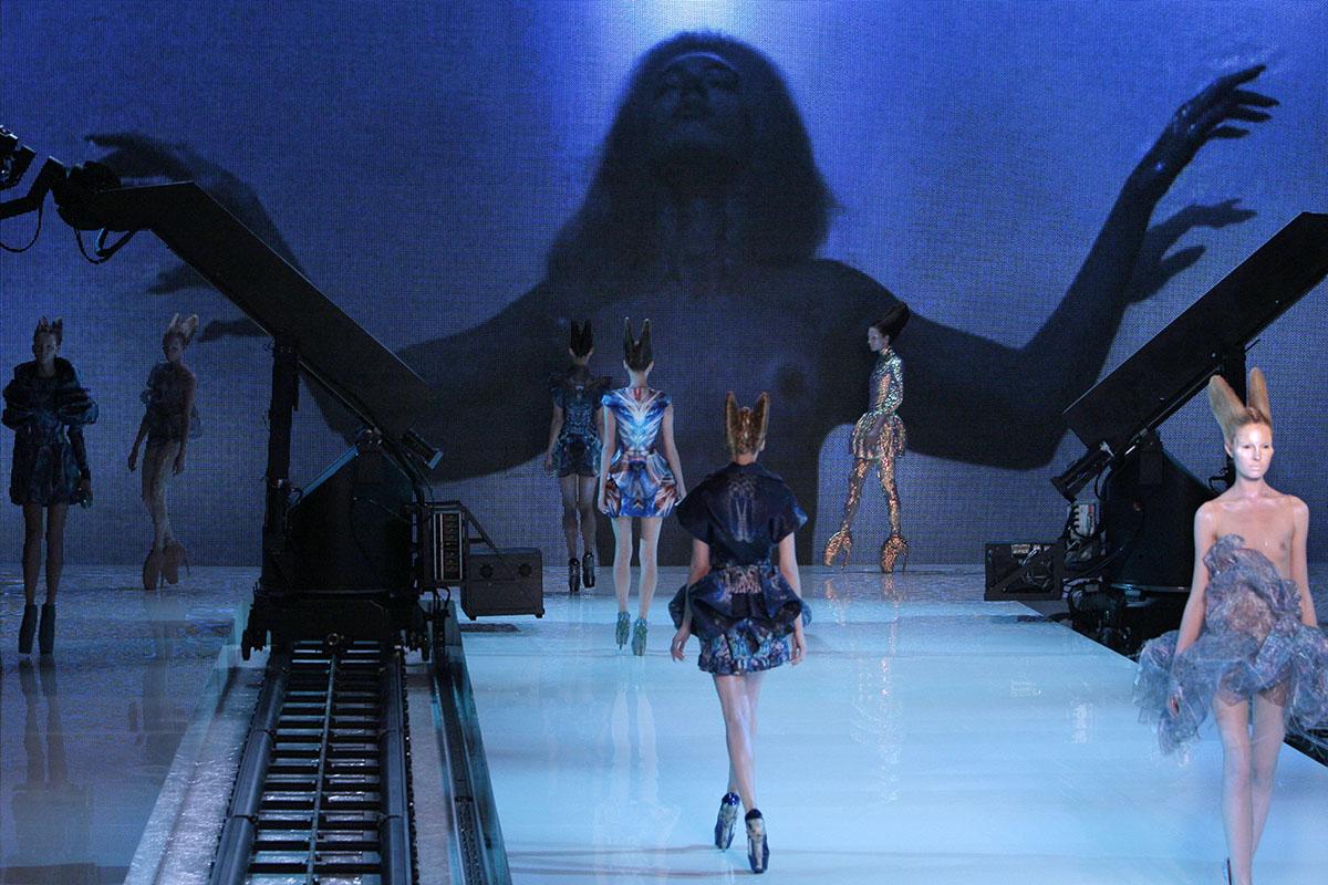 Il decennio in cui la moda è passata di moda