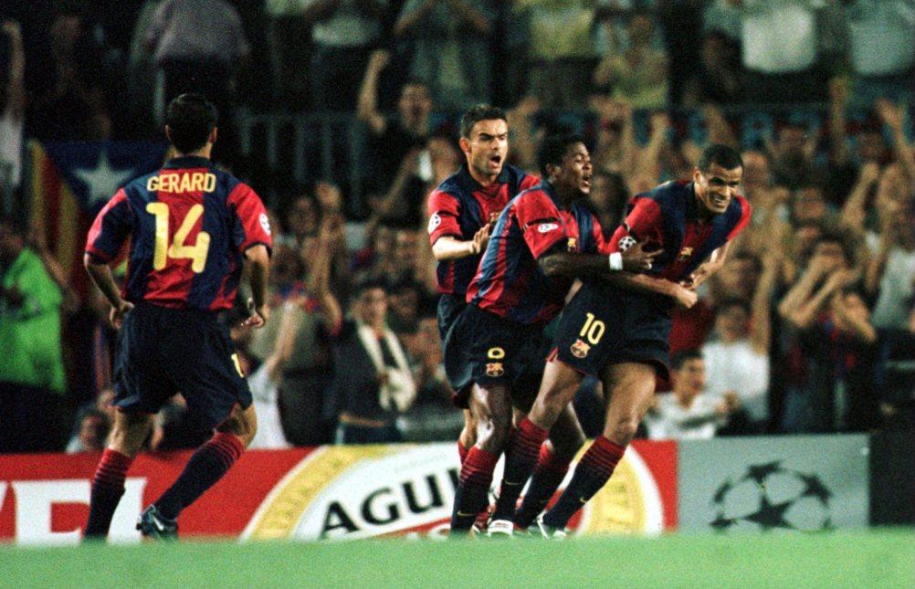 Setembre 2000: Rivaldo + Kluivert + Gerard + Cocu (Phil Cole/ALLSPORT)