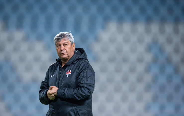 Shakhtar Donetsk's Romanian head coach Mircea Lucescu attends a training session at the Swedbank Stadion, on October 20, 2015, on the eve of the UEFA Champions League Group A football match between Malmo FF and FC Shakhtar Donetsk. AFP PHOTO/JONATHAN NACKSTRAND (Photo credit should read JONATHAN NACKSTRAND/AFP/Getty Images)