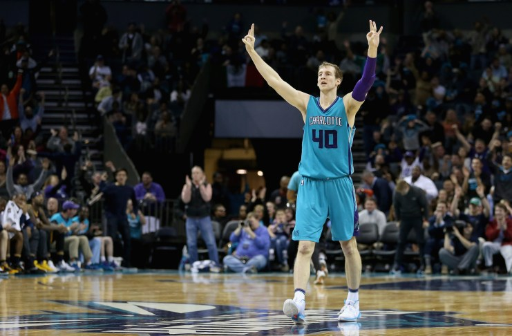 Cody Zeller esulta contro i Pacers, lo scorso marzo. (Streeter Lecka/Getty Images)