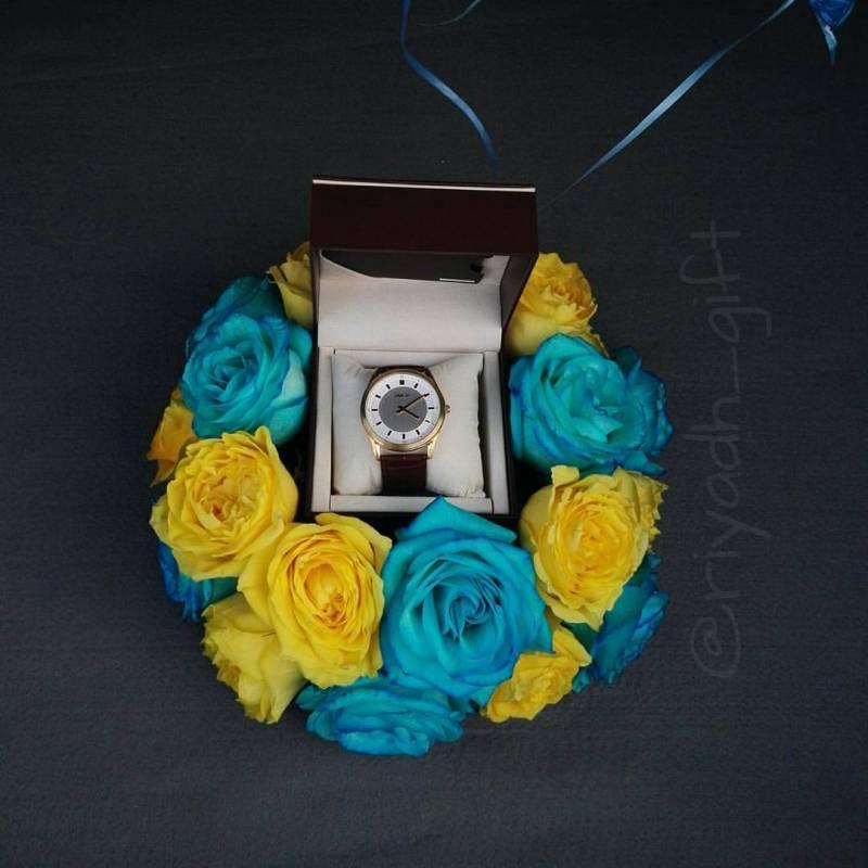 هدية: ساعة ورد وبالون