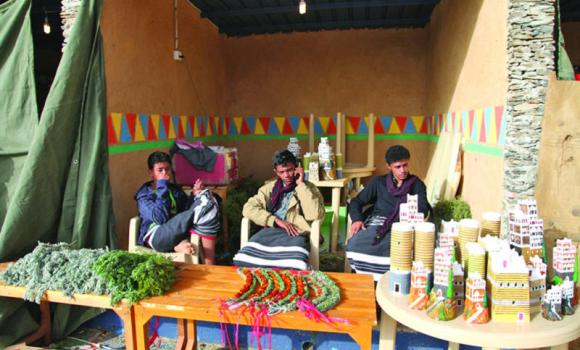 Asir is ready to establish its tourism industry, including handicrafts, plants, honey, silverware and antiquities. (AN photo)