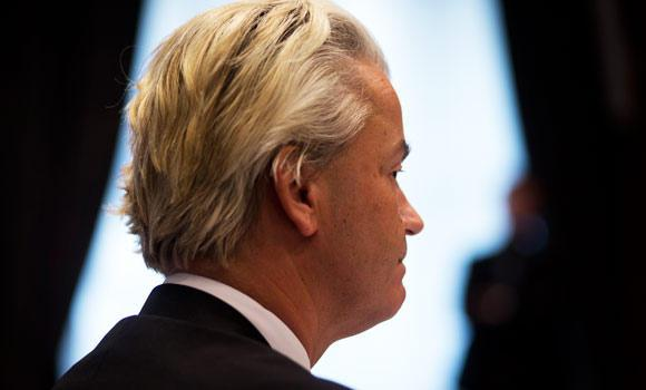 Dutch populist Geert Wilders talks to foreign journalists based in The Netherlands, a few days after kicking off his European election campaign in The Hague, Netherlands, in this May 14, 2014 photo. (AP)