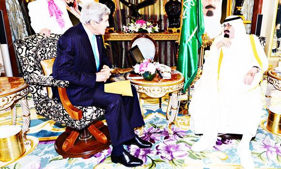 Custodian of the Two Holy Mosques King Abdullah holds talks with US Secretary of State John Kerry in Jeddah on Friday. (SPA)